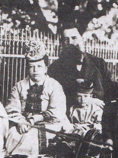 Бернгард Васильевич Струве с женой и сыном