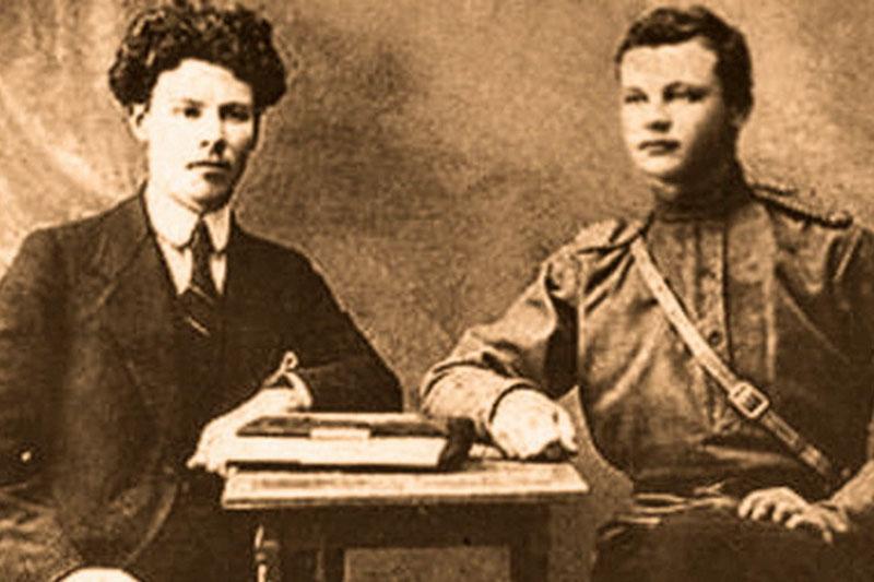 Михаил Зенкевич с братом Сергеем. Фото 1915 г.