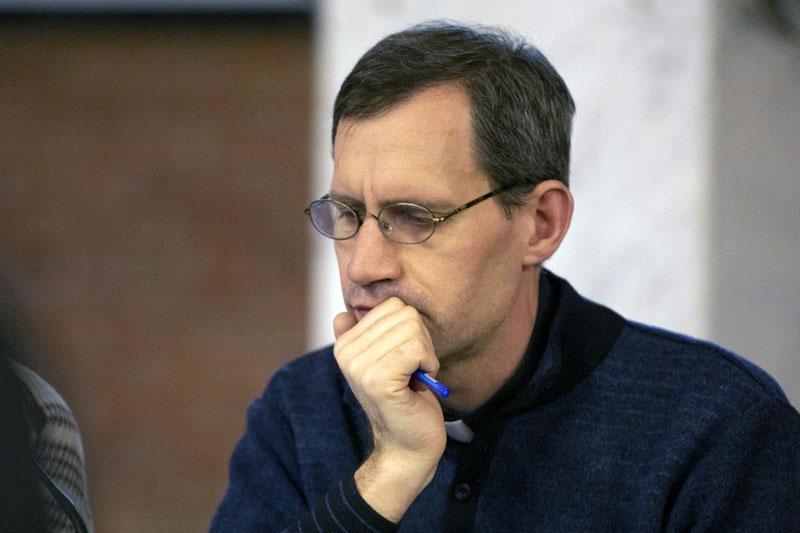 Священник Штефан Липке