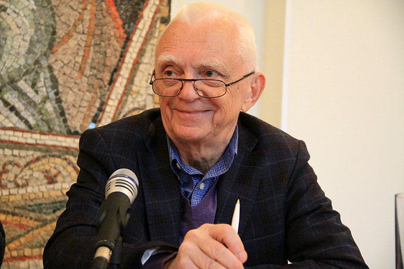 Владимир Петрович Аверчев