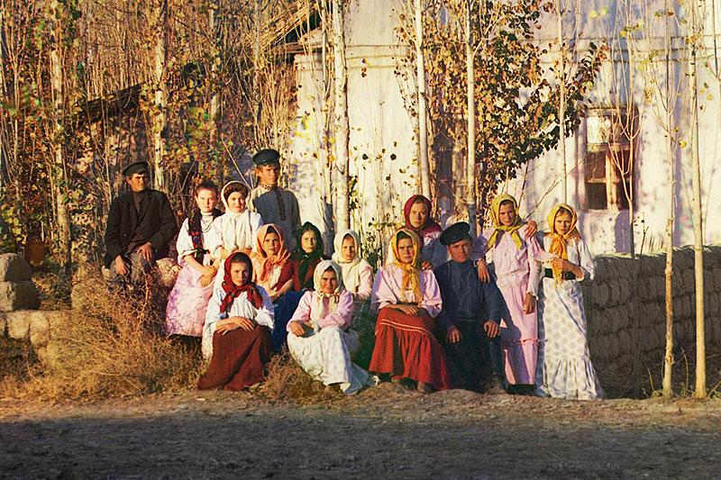 Русские переселенцы в Туркестане. Фотография С.М. Прокудина-Горского, начало XX века